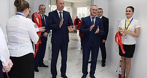 В Івано-Франківську відкрив свої двері «ПАСПОРТНИЙ СЕРВІС». Прикарпатці відразу охрестили його європейським